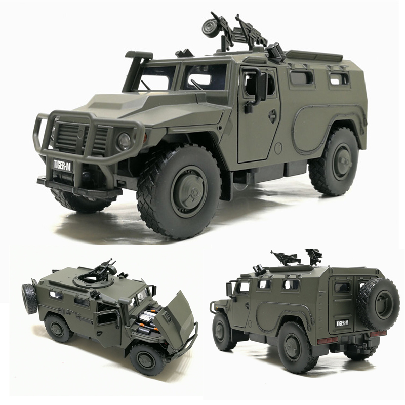 High Simulation 1:32 Alloy Sliding Russian Armored Vehicle Explosion-proof Military Model Sound Light Control Car Kids Toys