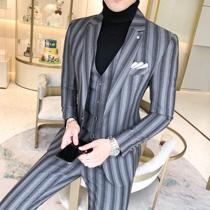 Fashion Stripe Suit Men 2 Piece Set Classic Men Suit Jacket And Pant Slim Design Business Banquet Men Dress Suits Size  4XL  5XL