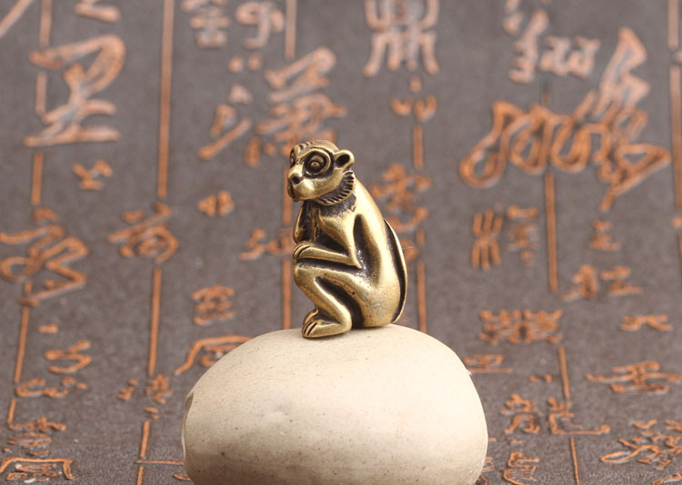 Monkey figurines (5)