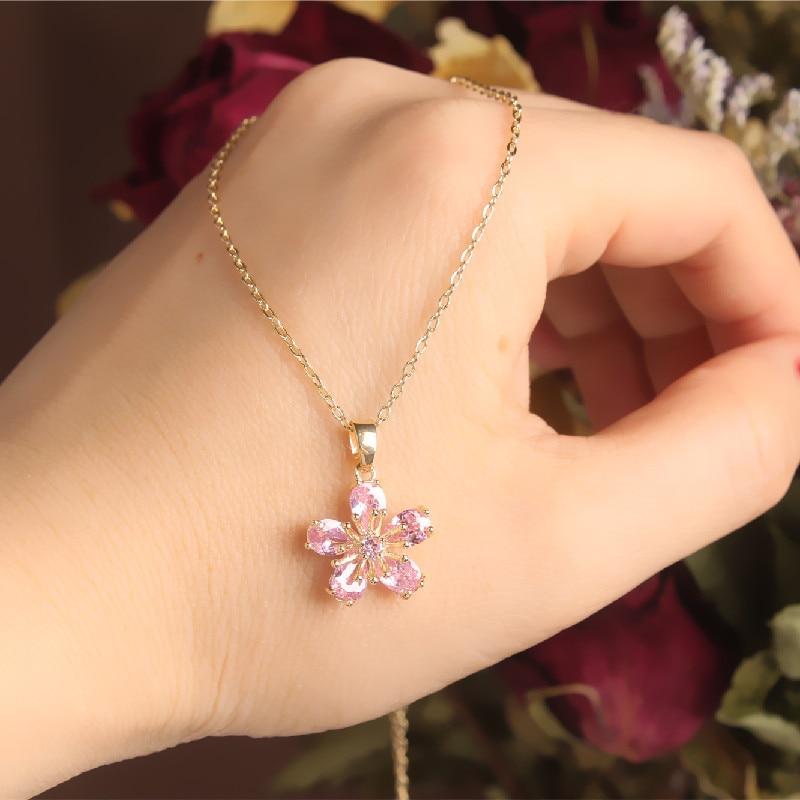 2020 Korean New Design Fashion Jewelry Exquisite Copper Inlaid Powder Zircon Pendant Cute Elegant Female Clavicle Necklace