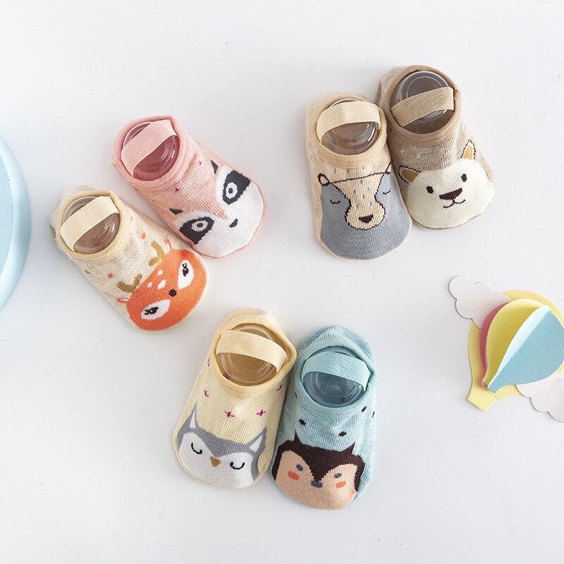 Bebê meias de chão infantil dos desenhos animados bonito meias elásticas algodão anti derrapante & bonito laço flor malha meias de verão 0-3 anos