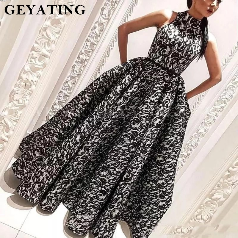 Black Lace Arabic Couture Prom Dresses 2020 High Neck Ball Gown Muslim Evening Dress With Pocket Dubai Long Women Formal Gown