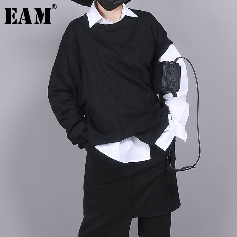 [EAM] Women Black Asymmetrical Split Big Size T-shirt New Round Neck Long Sleeve  Fashion Tide  Spring Autumn 2020 1R852