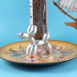 Милый торт украшения воздушный шар собака смолы ремесла скульптура подарки модный торт выпечки украшения десерт на вечеринку Настольный орнамент DA