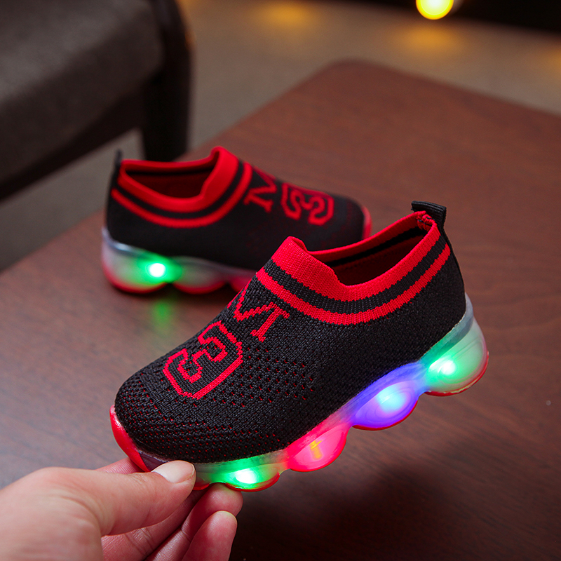 New Pink Black Children Glowing Sneakers Kids Anti-Slip Shoes Girls Boys Sneakers 1-5Y Children Led Light Up Shoes