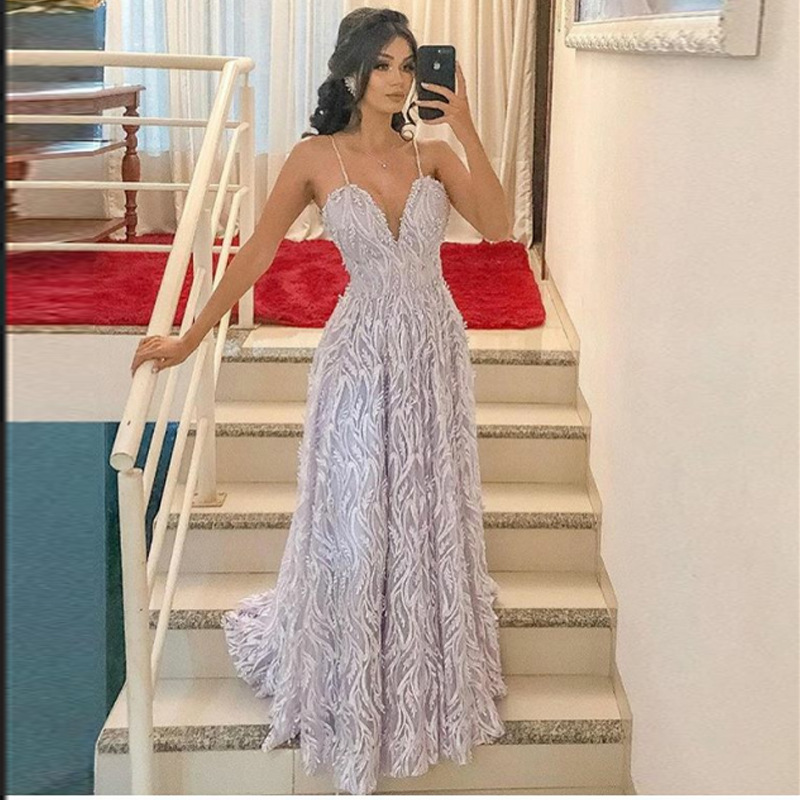 2019 Europe And America New Style Dress Dunhuang Hot Selling Sexy Deep V Strapped Dress Long Skirts