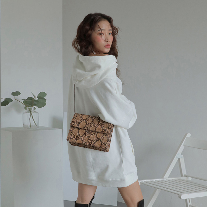 Casual Serpentine Pattren Women Shoulder Bags Retro Womens Handbags Fashion Pu Small Flap Chic Crossbody