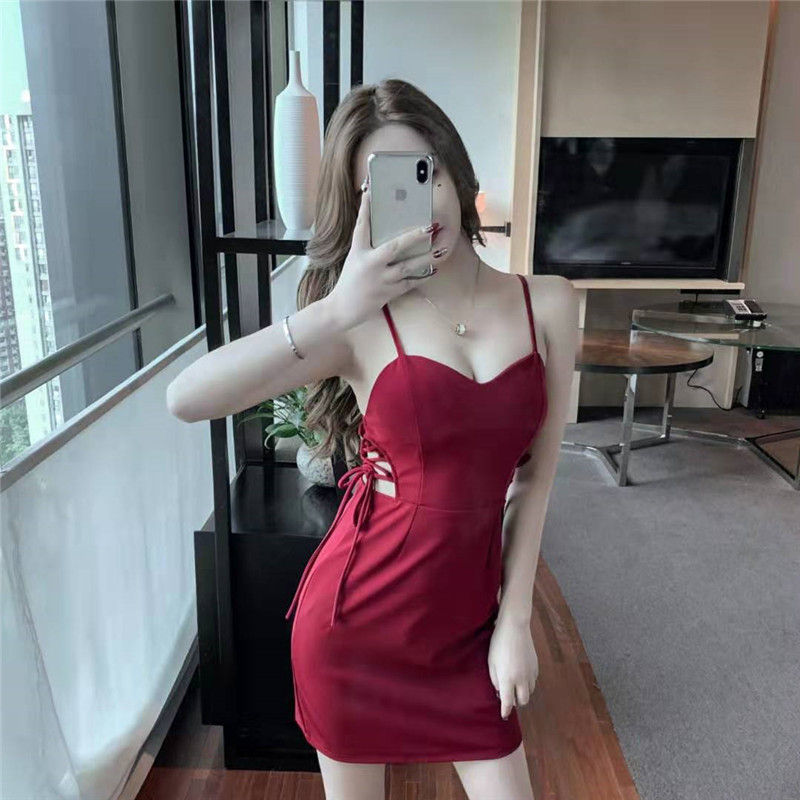 Real Shot Low-cut Backless Slim Slimming Dress For Women 2020 New Sexy V-neck Strap Dress