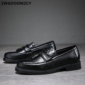 Image 2 - Zapatos de cocodrilo clásicos italianos para hombre, mocasines de oficina, elegantes, de cuero Formal, Sepatu Slip On Pria