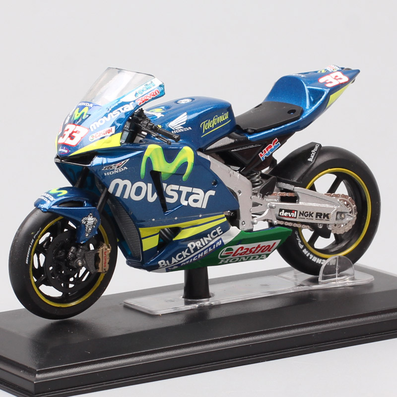 122 Scale Italeri Team Movistar Moto Honda RC211V Racer Marco Melandri No#33 Motorcycle Diecast Vehicle Models GP Bike Toy 2005
