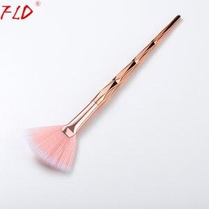 Image 4 - FLD מקצועי איפור מברשת יהלומי פנים מאוורר אבקת מברשת איפור באיכות גבוהה כלי ערכת סומק