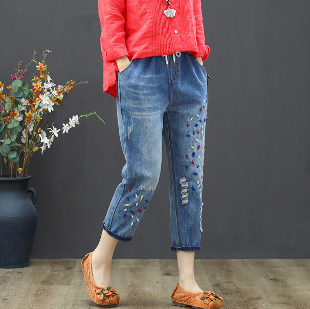 19 Spring New Style Capri Pants Casual Frayed Literature And Art Embroidered Elastic Waist Jeans Women's 2050