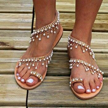 Γυναικεία καλοκαιρινά σανδάλια με πέρλες