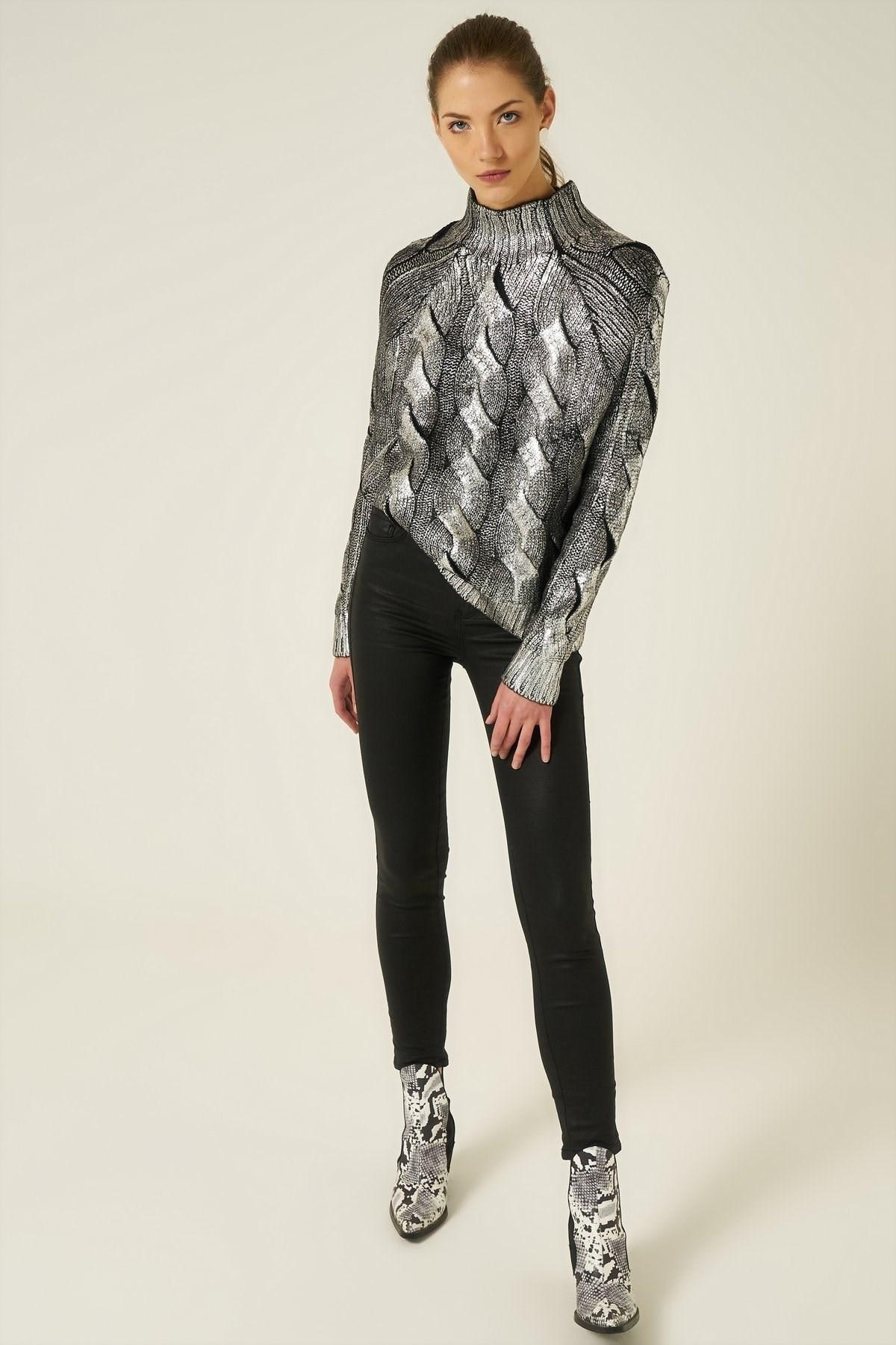 Suéter de cuello alto Medio tejido de pelo impreso Suéter de invierno para hombre suéter informal hombre ajustado Jersey de punto