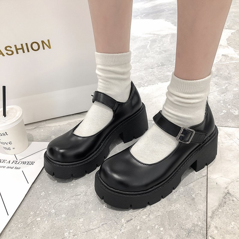 Scarpe da donna in pelle Harakuju Lolita JK Student Sweet Girls Mary Jane scarpe tacchi alti giapponesi punta tonda scarpe con plateau pompe
