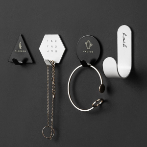 4pcs Iron Suction Wall Hooks Hanger Creative Letter Cactus Wall Sucker Waterproof Key Bag Holder Black White Bathroom Wall Hooks(China)