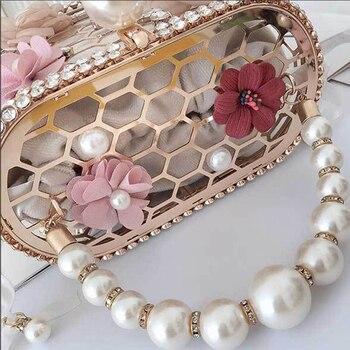 Luxury Elegant Flower Pearl Metal Hollow Handbag   3