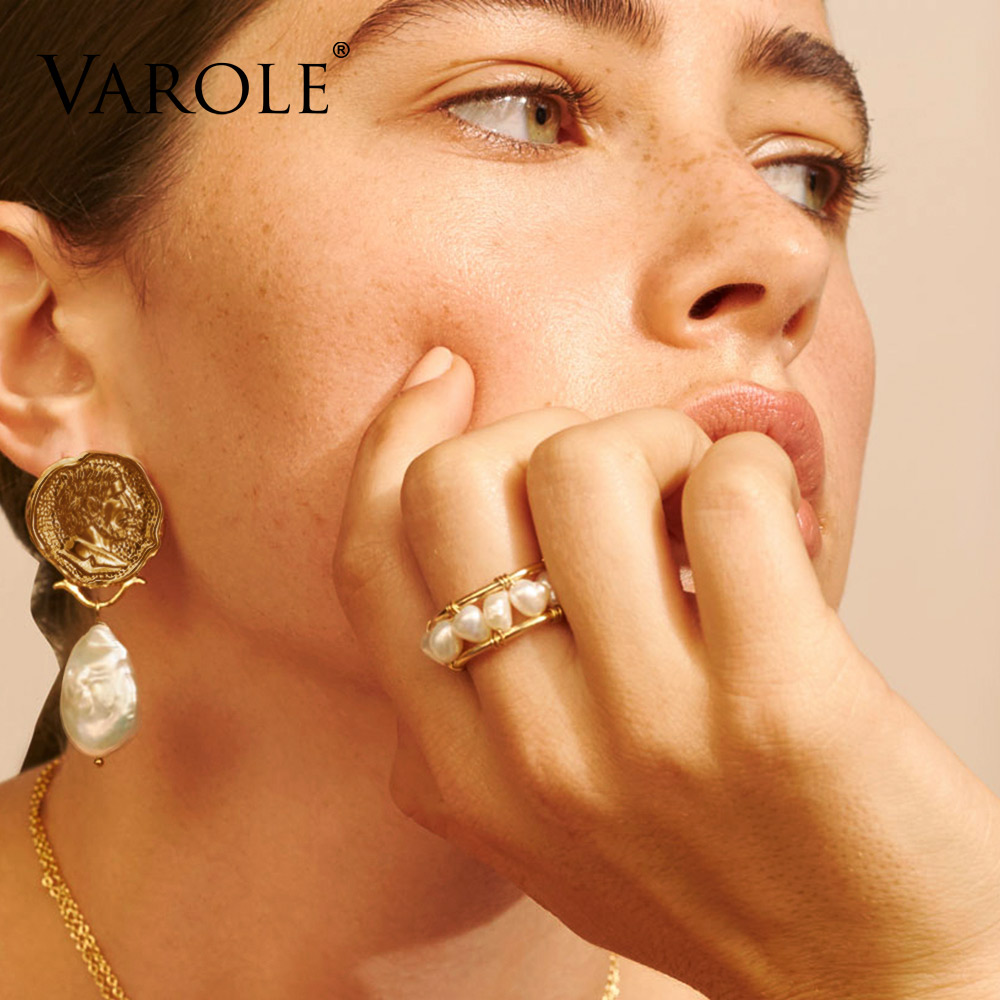 Image 2 - VAROLE Natural Pearls Ring Handmade Gold Color Rings For Women Accessories Finger Fashion Jewelry GiftsRings   -