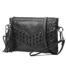Willow Valley sacs à main noirs modernes à Rivet, petits sacs à bandoulière à bandoulière en cuir PU, pochette pour téléphone portable