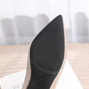 Image 5 - Botines Mujer 2019 חורף מגפי נשים אופנה סתיו פרווה עקבים מחודדת פלוק להחליק על נעלי פאנק גותי נשי נעל אישה
