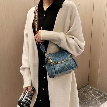 Summer 2019 fashion women's bag single shoulder slung shoulder bag magnetic buckle bucket bag versatile