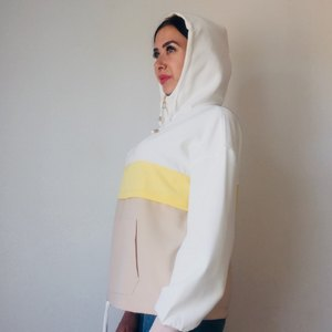 Image 4 - AOEMQ Neue Sommer Sport Gym Jacken Herbst Atmungsaktive Baumwolle Frauen Tops Jacken mit Kapuze Regen Schutz Tops Jacken Kleidung