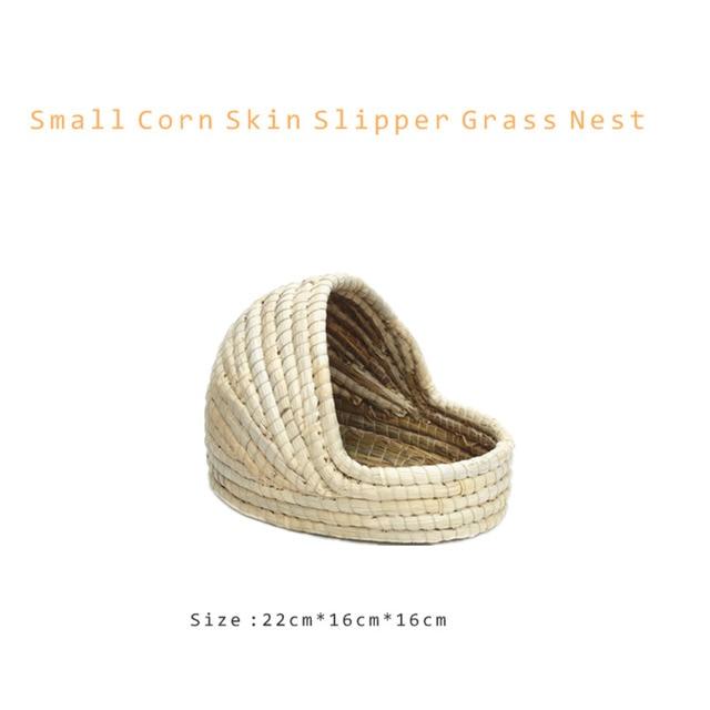 Small Pet Supplies Drop Ear Rabbit Nest Warm Grass Nest Guinea Pig Nest Dutch Pig Pet Products Hand Woven Castle Grass House 2