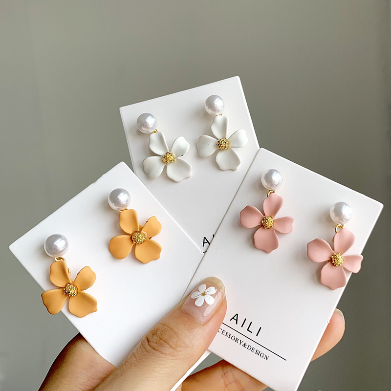 South Korea Temperament Contracted Candy Color Matte Little Flower Pearl Earring Female Ins Joker Earrings Adorn Article