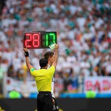 60cm 8 in LED Tragbare Fußball Elektronische Fußball ändern player display board 1 seite Schiedsrichter substitution boards ausrüstung