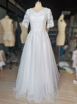 Tulle A-line Scoop Neck Wedding Dress with Lace Appliques Half Sleeves White Bridal Dress Boho Wedding Gowns vestido de noiva white lace details v neck half sleeves beachwear