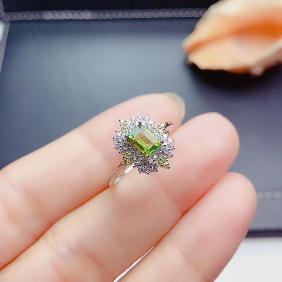 WEAINY Natural Peridot Ring S925 Sterling Silver White Gold Ring Ladies Popular Peridot Gemstone Jewelry Give Female Gift