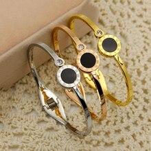 Trendy Women Rose Gold Cuff Bracelet Luxury Brand Designer Bracelets for Roman Numerals Black Shell Female Jewelry