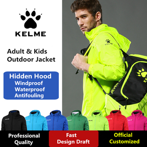 Image 3 - Kelme jaqueta com capuz escondido dos homens outono futebol esportes treinamento jaqueta à prova de vento e impermeável ao ar livre agasalho k15s604