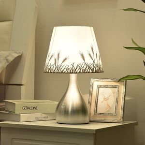 Современная настольная лампа для спальни, сенсорный Ночной светильник, 5 Вт, триколор, для гостиной, для учебы, Настольный светильник, s, ткан...