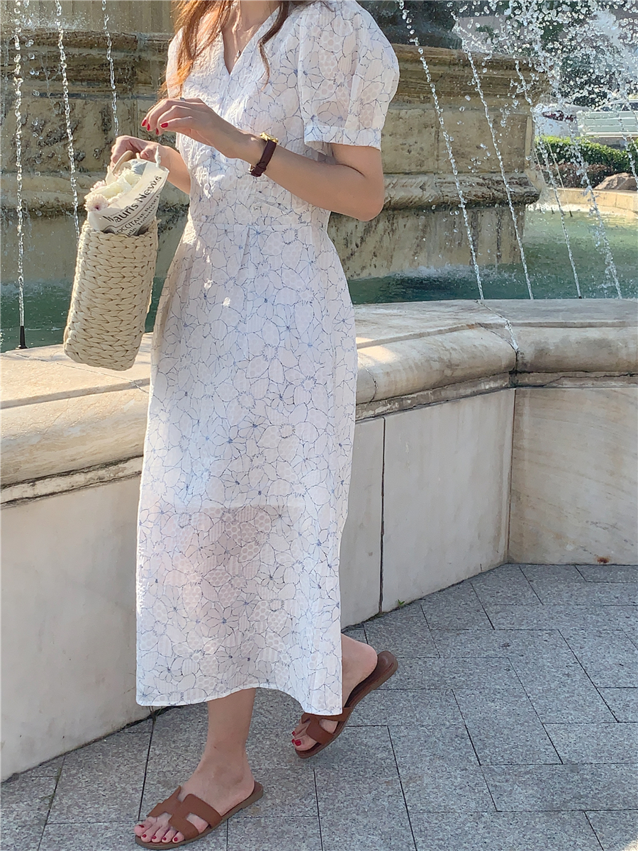 Hdbce43ab5b9a4bd38659e287850c66f0E - Summer V-Neck Puff Sleeves Floral Print Buttons A-Line Midi Dress