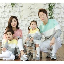 Family Matching Sweatshirt Autumn Family Look Mother Father