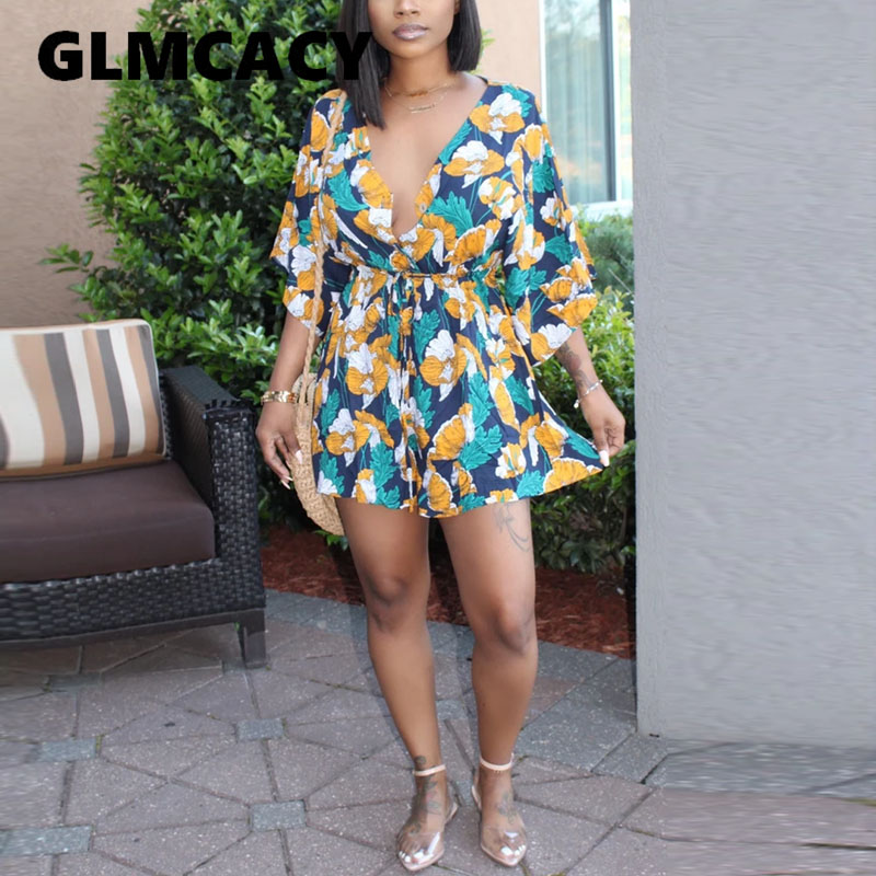 Women Tie Waist Floral Printed Plunge V-neck Romper Short Sleeve Chic Bohemian Style Playsuits