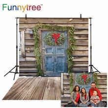 Funnytree christmas photo background home outdoor wood door winter snow decoration photography backdrops crib nativity photophon