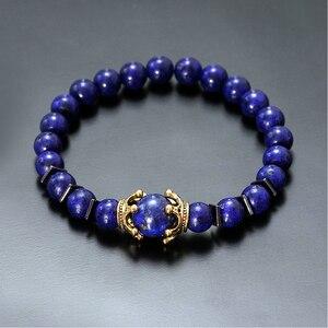Image 2 - Charme Armband für Männer Mode Luxus Antike crown Hohe qualität Tiger eye stein perlen Armbänder Schmuck Männlichen Pulseira bileklik
