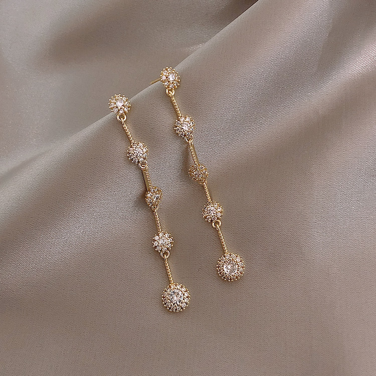 2020 South Korea New Fashion Classic Exquisite Simple Long Earrings High Quality Versatile Earrings Female Jewelry