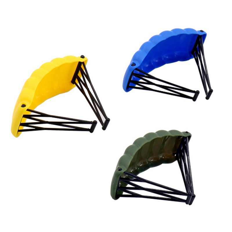 مجموعة الأسلحة العسكرية المزودة بمظلة ألعاب سلاح MPJ170 للأطفال قطعة الفائز عشاء الدجاج اللبنات العسكرية