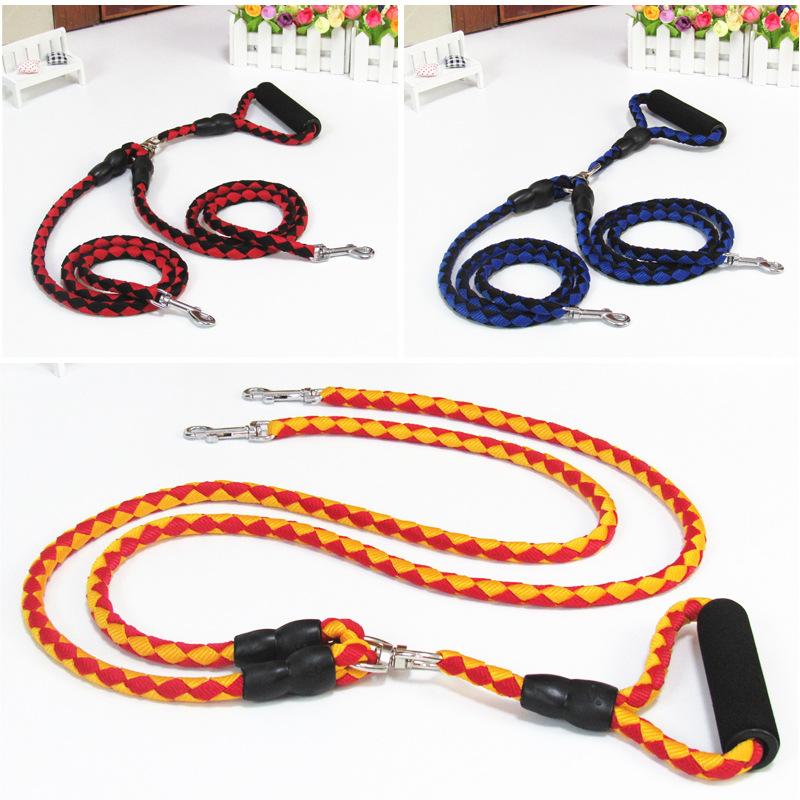 Manufacturers Currently Available Dog Hand Holding Rope Double-end Hook One Plus Two Nylon Dog Rope Dog Chain Dog Traction Rope
