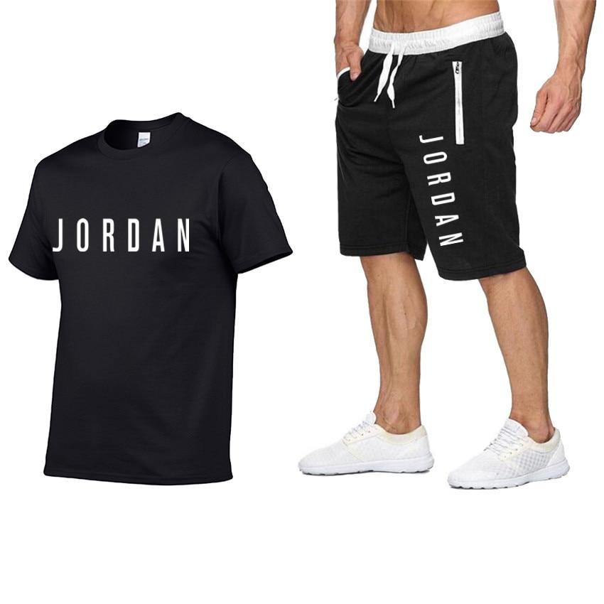 2020 Men's Summer Sports Suit Short Sleeve T-shirt + Shorts New Fashion Men's Casual Suit Shorts + T-shirt 2 Pieces