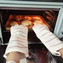 3D Cartoon Cat Paws Oven Mitts Long Cotton Baking Insulation Gloves Microwave Heat Resistant Non-slip Kitchen Gloves thickening cotton gloves heat resistant gloves heat insulation safety gloves microwave oven gloves g0408