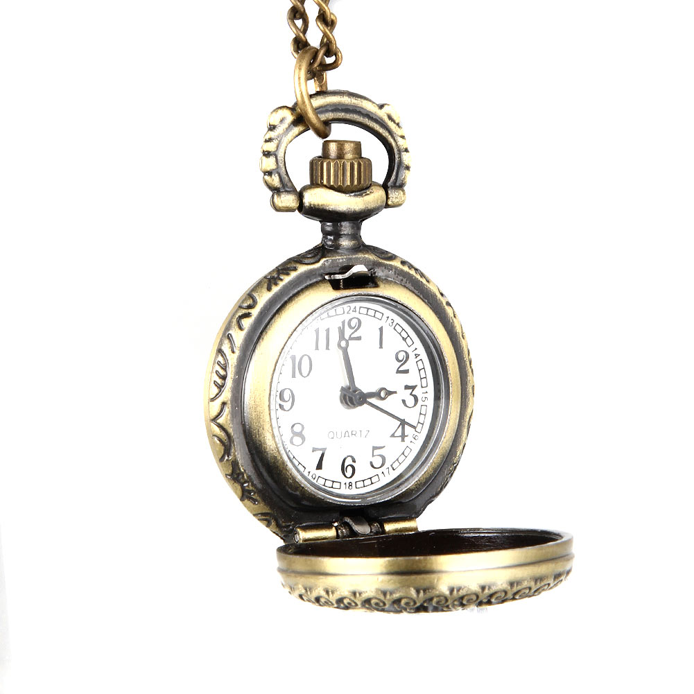 Fashion Women Vintage Quartz Pocket Watch Alloy Hollow Out Flowers Necklace Pendant Lady Girl Sweater Chain Clock Gifts M99