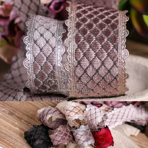 Image 1 - 100 ヤード 25 ミリメートル 38 ミリメートルピコットエッジベルベットダイヤモンドチェック柄韓国リボン結婚式のパーティー用品の毛の弓のアクセサリー