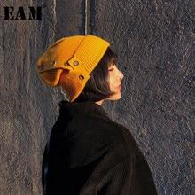 [EAM] 2021 printemps été femme élégant vente chaude couleur unie Six couleurs tricot bouton décoration garder au chaud chapeau tout Match LE010