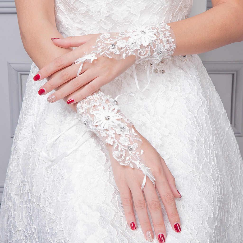 BGW Goedkope Haak Vinger Applicaties Kant Bloemen Korte Bruiloft Handschoenen Met Crystal Voor Bridal Jurk Bruiloft Accessoires Huwelijk
