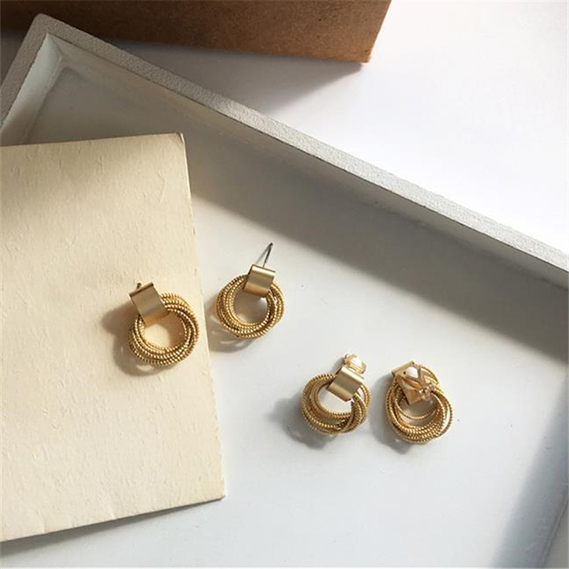 2019 Contracted The New Golden Metal Multilayer Circle Round Geometric Small Earrings. Women's Party Decorations Women Earrings