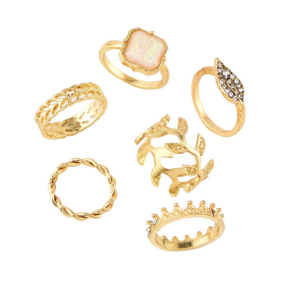 Nowy pierścień moda w stylu mody osobowości kryształ korona pierścienie dla kobiet pierścień zestaw dwóch sztuk biżuteria złoty pierścień hurtownie
